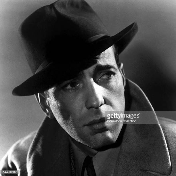 Actor Humphrey Bogart poses for a publicity still for the Warner Bros film 'Casablanca' in 1942 in Los Angeles California