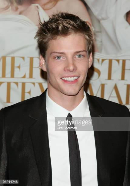 Actor Hunter Parrish attends the New York premiere of It's Complicated at The Paris Theatre on December 9 2009 in New York City