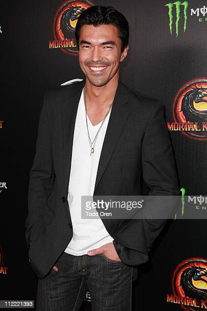 """Actor Ian Anthony Dale attends the """"Mortal Kombat Legacy"""" digital series premiere celebration at Saint Felix II on April 14, 2011 in Hollywood,..."""