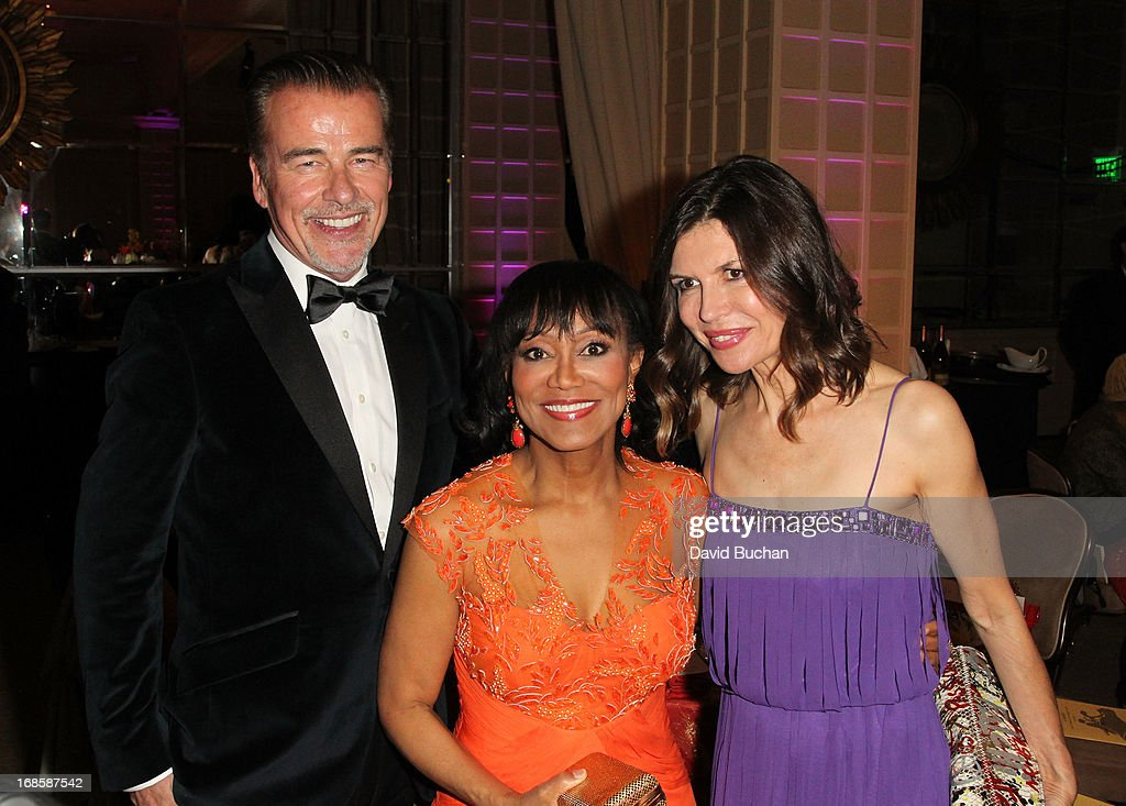 Actor Ian Buchanan, Dr. Pearl E. Grimes and Finola Hughes attend The Coalition For At-Risk Youth (CARRY) 'Shall We Dance' Gala at The Beverly Hilton Hotel on May 11, 2013 in Beverly Hills, California.