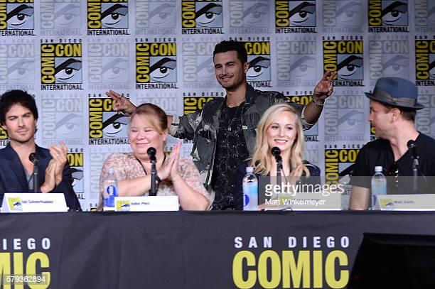 Actor Ian Somerhalder writer/producer Julie Plec actors Michael Malarkey Candice King and Matt Davis attend the The Vampire Diaries panel during...