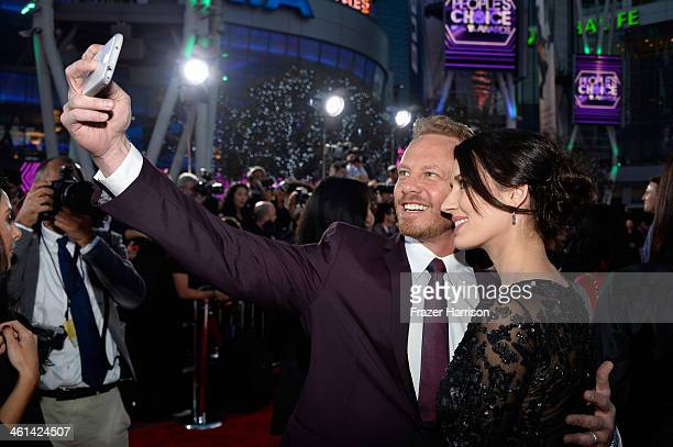 Actor Ian Ziering and wife Erin Kristine Ludwig attend The 40th Annual People's Choice Awards at Nokia Theatre LA Live on January 8 2014 in Los...