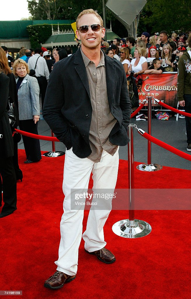 Actor Ian Ziering attends the premiere of Walt Disney's 'Pirates Of The Caribbean: At World's End' held at Disneyland on May 19, 2007 in Anaheim, California. Proceeds from the world premiere of Walt Disney's 'Pirates Of The Caribbean: At World's End' will benefit the Make-A-Wish Foundation of America and Make-A-Wish International.