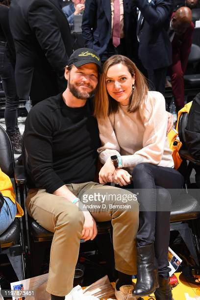 Actor Ike Barinholtz and Erica Hanson attend the game between the Los Angeles Lakers and the Portland Trail Blazers on January 31 2020 at STAPLES...