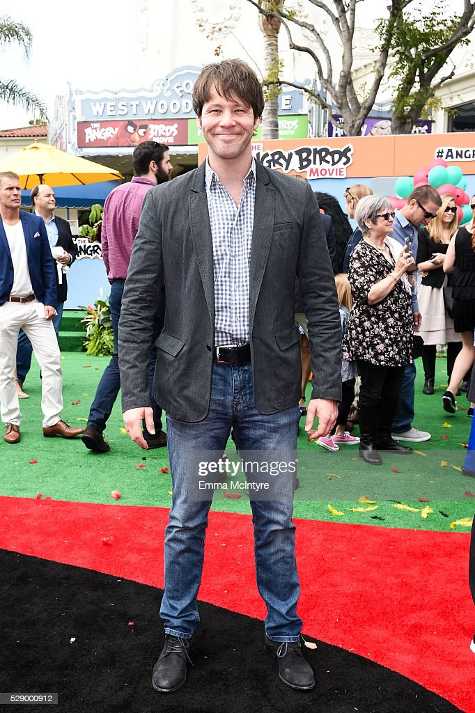 Actor Ike Barinholtz arrives at the premiere of Sony Pictures' 'Angry Birds' at Regency Village Theatre on May 7, 2016 in Westwood, California.