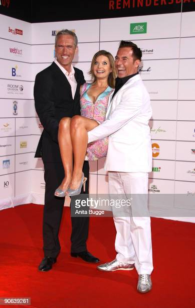 Actor Ingo Brosch Eva Imhof and Frank Mathee attend the Reminders Day Aids Gala 2009 on September 12 2009 in Berlin Germany