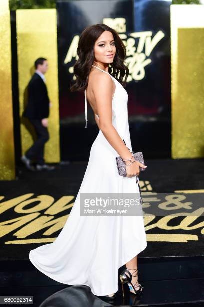 Actor Isabela Moner attends the 2017 MTV Movie And TV Awards at The Shrine Auditorium on May 7, 2017 in Los Angeles, California.