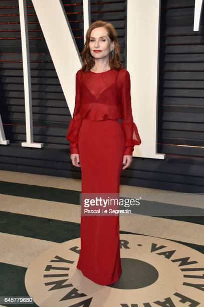 Actor Isabelle Huppert attends the 2017 Vanity Fair Oscar Party hosted by Graydon Carter at Wallis Annenberg Center for the Performing Arts on...
