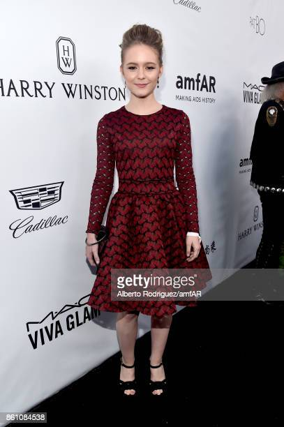 Actor Izabela Vidovic attends the amfAR Gala Los Angeles 2017 at Ron Burkle's Green Acres Estate on October 13, 2017 in Beverly Hills, California.