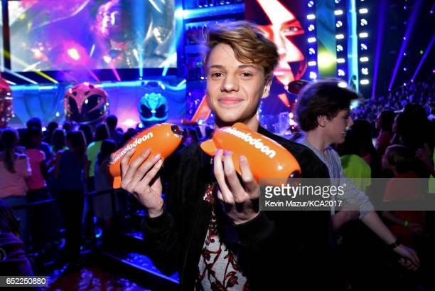 Actor Jace Norman poses with awards for Favorite Male TV Star and Favorite TV Show – Kids' Show for 'Henry Danger' backstage at Nickelodeon's 2017...