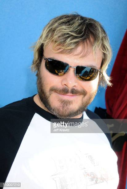 Actor Jack Black arrives to the 2008 MTV Movie Awards at the Gibson Amphitheatre on June 1, 2008 in Universal City, California.