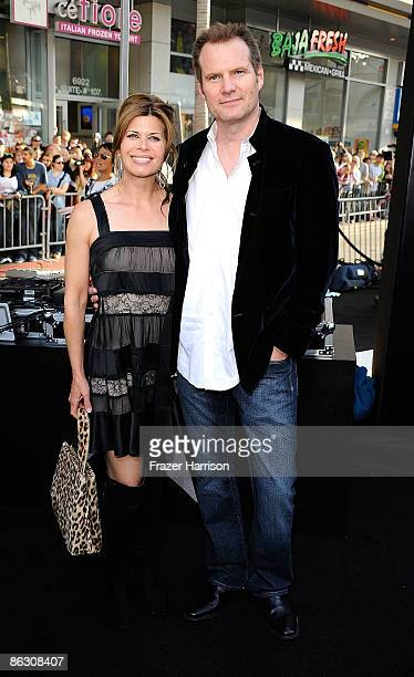 Actor Jack Coleman and Beth Toussaint arrive at the Premiere Of Paramount's Star Trek on April 30 2009 at Grauman�s Chinese Theatre Hollywood...