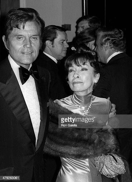 Actor Jack Lord and wife Marie attend the Eighth Annual American Film Institute Lifetime Achievement Award Salute to James Stewart on February 28...
