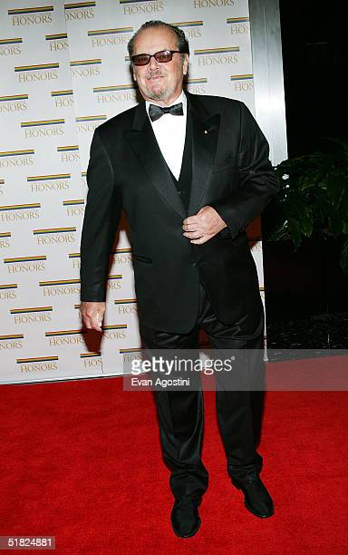 Actor Jack Nicholson arrives at the 27th Annual Kennedy Center Honors at US Department of State December 4 2004 in Washington DC