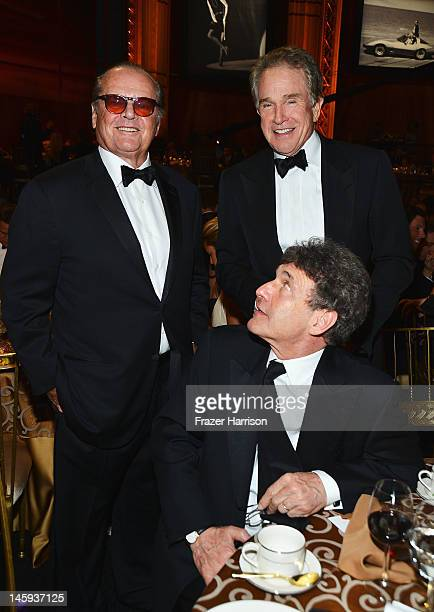 Actor Jack Nicholson Disney chairman Alan Horn and actor Warren Beatty attends the 40th AFI Life Achievement Award honoring Shirley MacLaine held at...