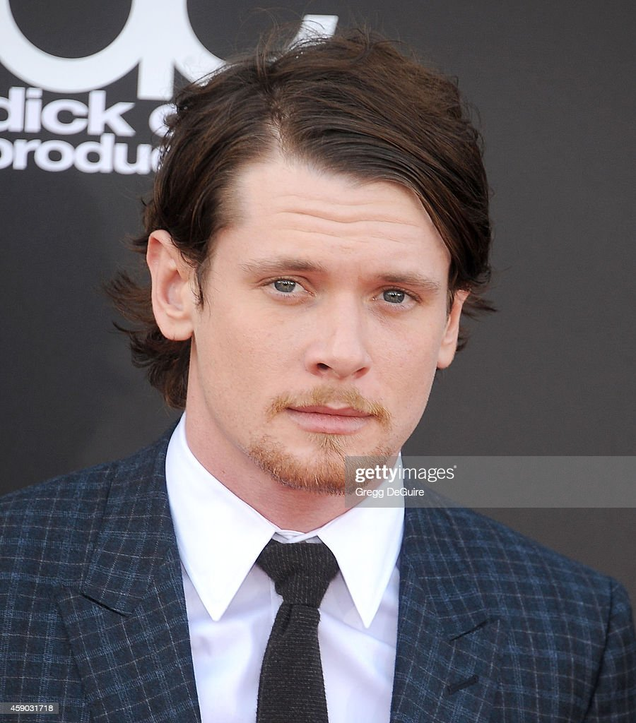 Actor Jack O'Connell arrives at the 18th Annual Hollywood Film Awards at The Palladium on November 14, 2014 in Hollywood, California.