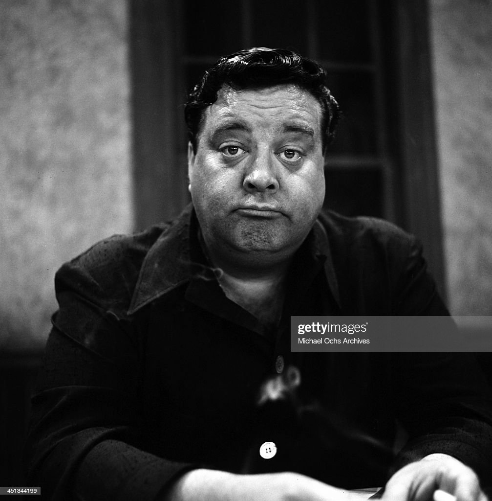 how tall is jackie gleason