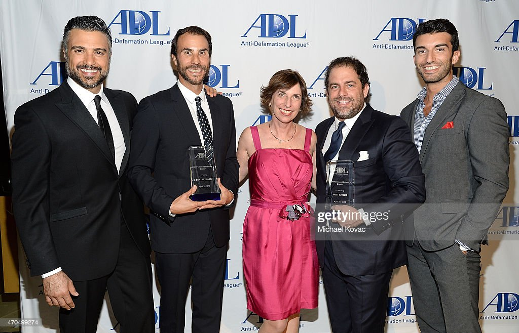 Actor Jaime Camil, producer Ben Silverman, ADL Pacific Southwest Regional Director Amanda Susskind, filmmaker Brett Ratner, and actor Justin Baldoni attend the Anti-Defamation League's 2015 Entertainment Industry Dinner at The Beverly Hilton Hotel on April 20, 2015 in Beverly Hills, California.