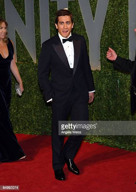 Actor Jake Gyllenhaal arrives at the 2009 Vanity Fair Oscar Party hosted by Graydon Carter held at the Sunset Tower on February 22 2009 in West...