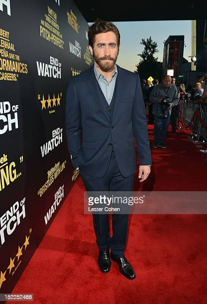 """Actor Jake Gyllenhaal arrives at the """"End Of Watch"""" Los Angeles Premiere at Regal Cinemas L.A. Live on September 17, 2012 in Los Angeles, California."""