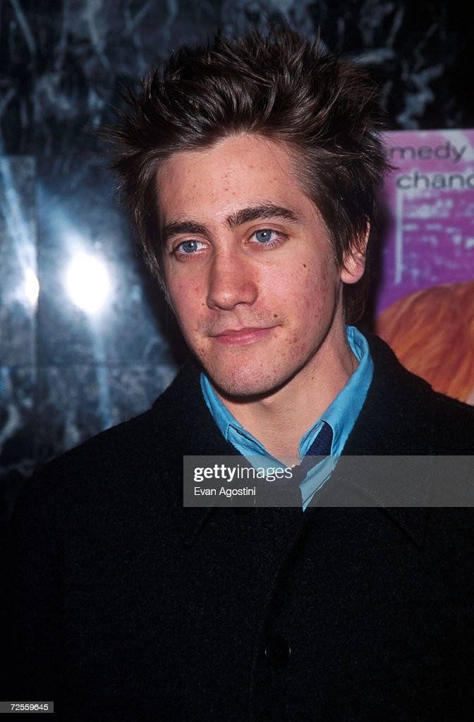 """Actor Jake Gyllenhaal attends the premiere of """"Down To You""""... : News Photo"""