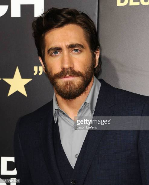 """Actor Jake Gyllenhaal attends the premiere of """"End of Watch"""" at Regal Cinemas L.A. Live on September 17, 2012 in Los Angeles, California."""