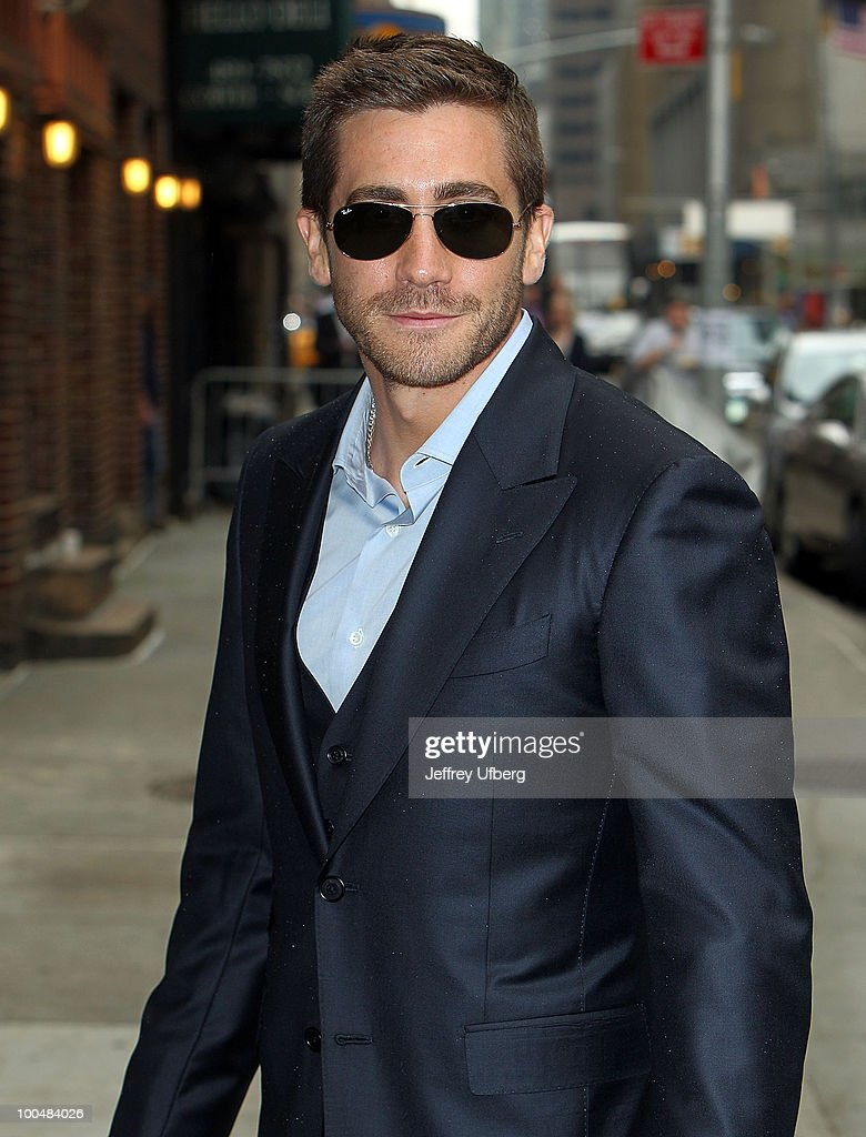 Actor Jake Gyllenhaal visits 'Late Show With David Letterman' at the Ed Sullivan Theater on May 24, 2010 in New York City.