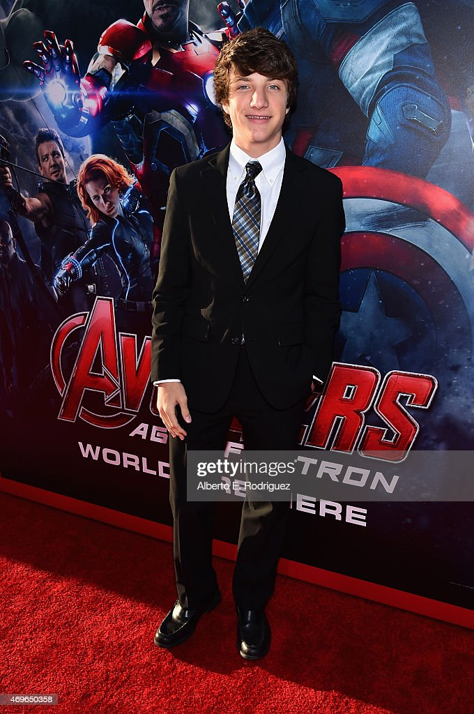 """World Premiere Of Marvel's """"Avengers: Age Of Ultron"""" - Red Carpet : News Photo"""