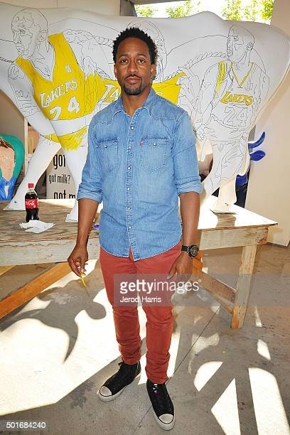 Actor Jaleel White celebrates Kobe Bryant's legacy with the Los Angeles Lakers by painting a mural of his famous vertical leap on a life sized cow...