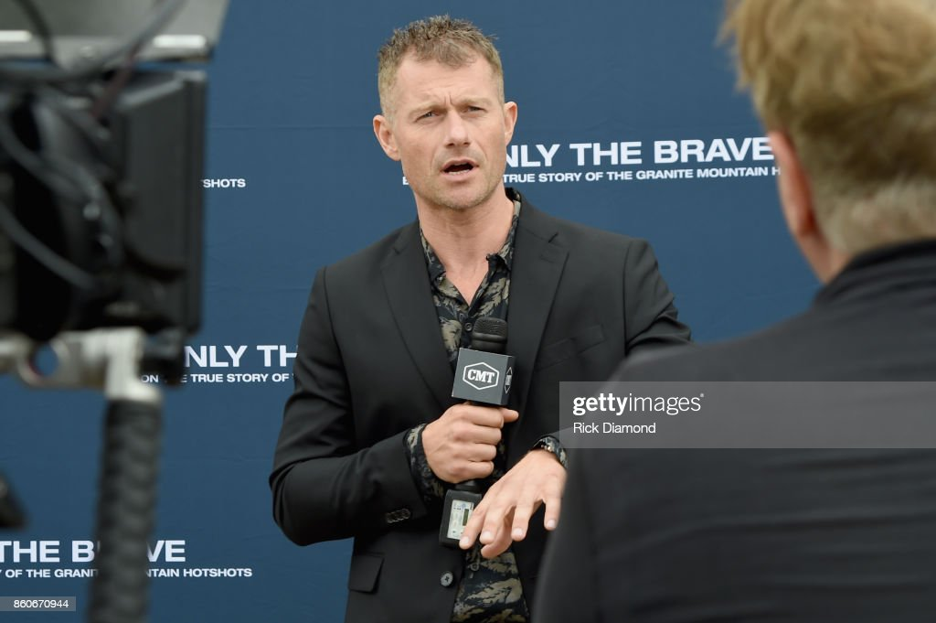 Actor James Badge Dale attends 'Only The Brave' Nashville screening hosted by Dierks Bentley at The Belcourt Theatre on October 12, 2017 in Nashville, Tennessee.