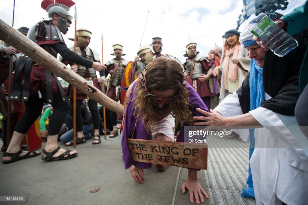 Actors Perform The Easter Passion Of Jesus In Trafalgar Square : News Photo