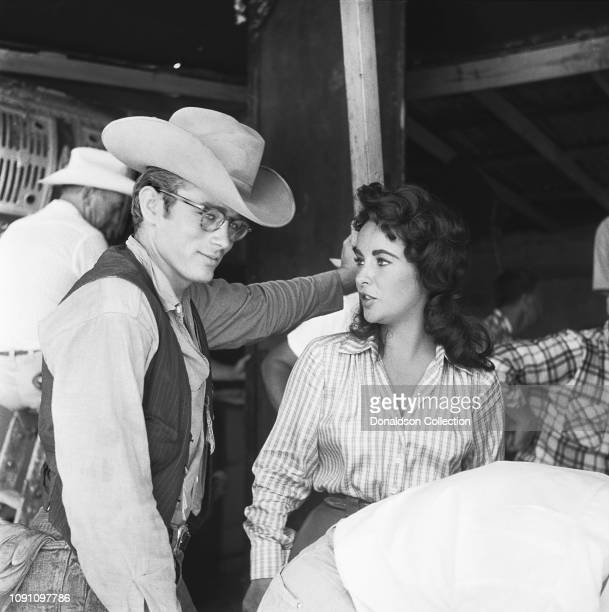 Actor James Dean and actress Elizabeth Tayor on the set of the movie Giant in July 1955 in Marfa Texas
