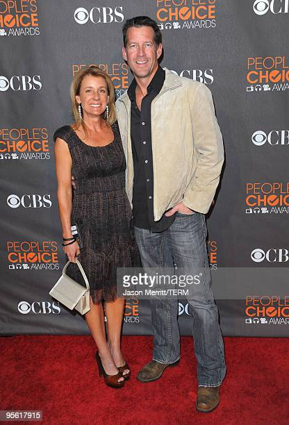 Actor James Denton and wife Erin O'Brien arrive at the People's Choice Awards 2010 held at Nokia Theatre L.A. Live on January 6, 2010 in Los Angeles,...