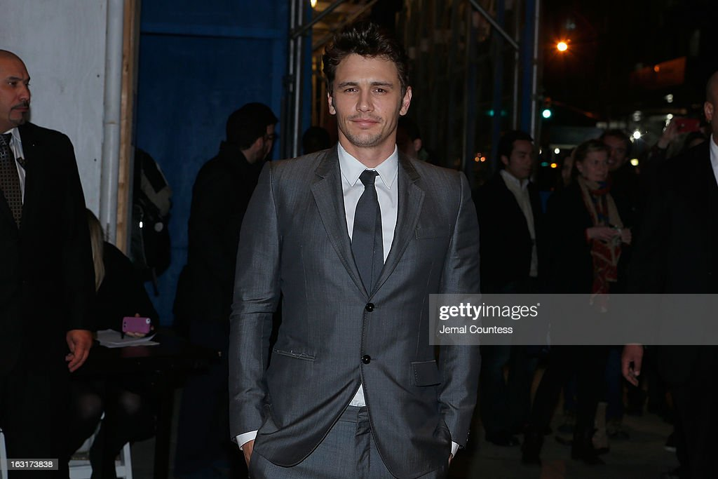 Actor James Franco arrives at the Gucci and The Cinema Society screening of 'Oz the Great and Powerful' at the DGA Theater on March 5, 2013 in New York City.