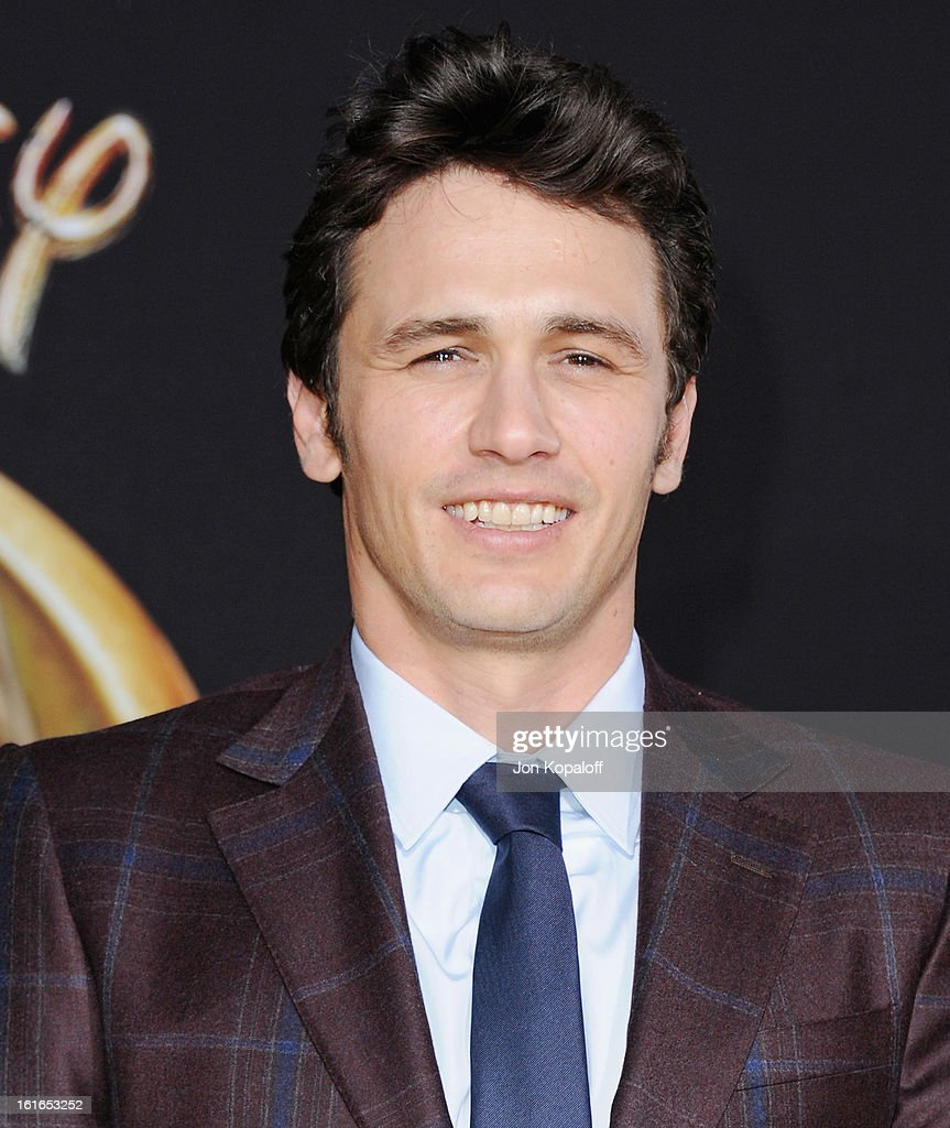 Actor James Franco arrives at the Los Angeles Premiere 'Oz The Great and Powerful' at the El Capitan Theatre on February 13, 2013 in Hollywood, California.