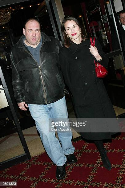 "Actor James Gandolfini and girlfriend Lora Somoza arrives at the world premiere of ""Mona Lisa Smile"" at the Ziegfeld Theatre December 10, 2003 in New..."