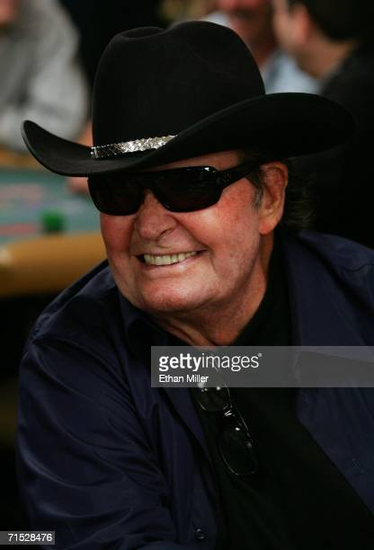 Actor James Garner competes in the 2006 World Series of Poker media/celebrity event at the Rio Hotel & Casino July 27, 2006 in Las Vegas, Nevada. The...