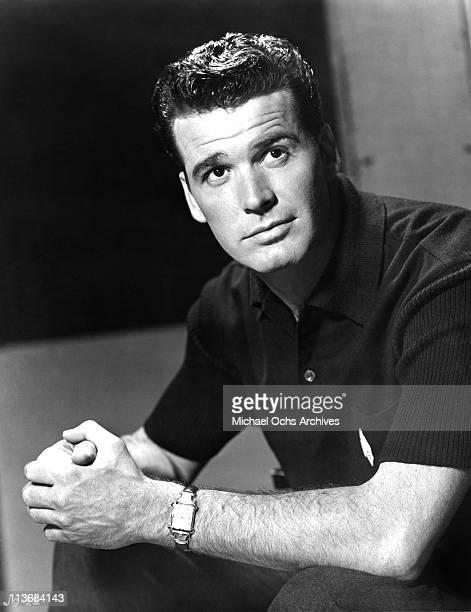 Actor James Garner poses for a portrait circa 1965 in Los Angeles, California.