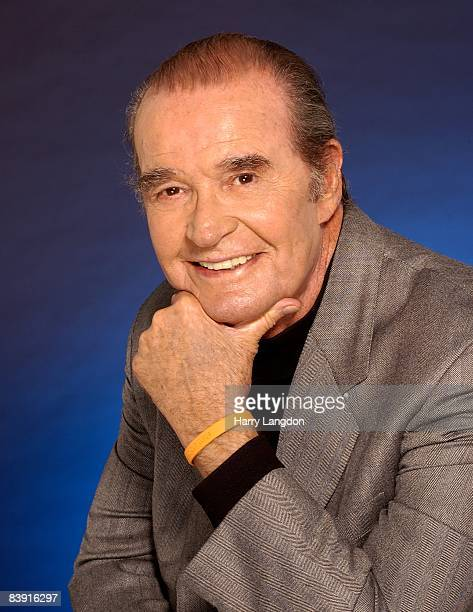 Actor James Garner poses for a portrait in 2004 in Los Angeles, California.