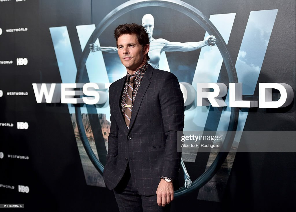 "Premiere Of HBO's ""Westworld"" - Red Carpet : News Photo"