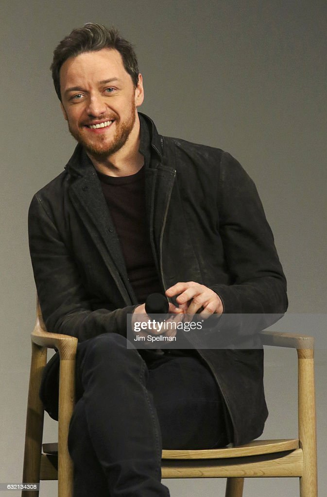 Actor James McAvoy attends Meet the Actor to discuss 'Split' at Apple Store Soho on January 19, 2017 in New York City.