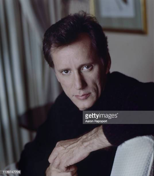 Actor James Woods poses for a portrait circa 1986 in Los Angeles, California