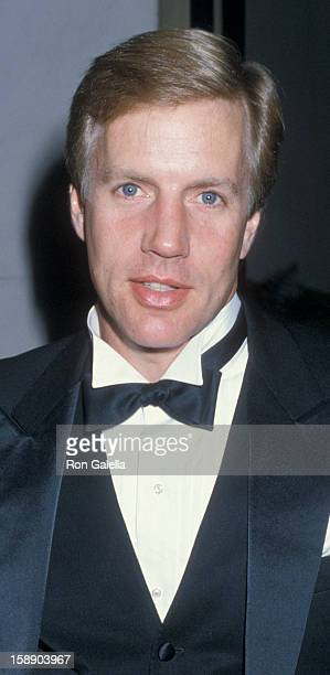 Actor Jameson Parker attends the Association of Troubled Children on November 8 1986 at the Century Plaza Hotel in Century City California