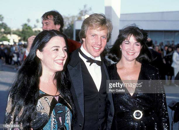 Actor Jameson Parker wife Bonnie Parker and daughter Katherine Parker attend 10th Annual People's Choice Awards on March 15 1984 at the Santa Monica...