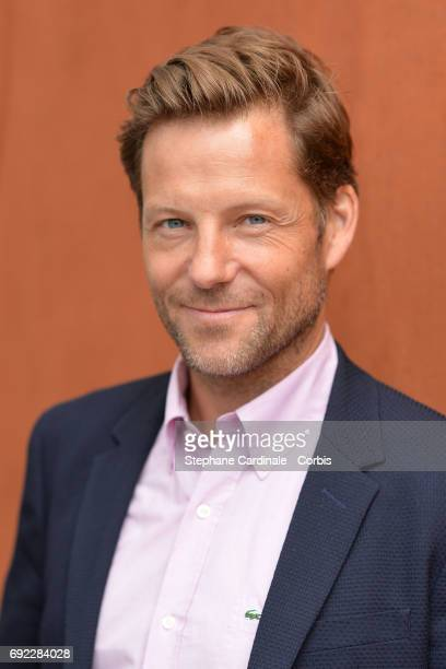 Actor Jamie Bamber attends the 2017 French Tennis Open - Day Height at Roland Garros on June 4, 2017 in Paris, France.