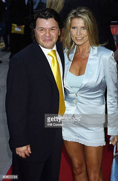 "Actor Jamie Foreman and girlfriend Julie Dennis attend the UK Premiere of ""The Football Factory"" on May 10, 2004 at the Odeon Covent Garden, in..."