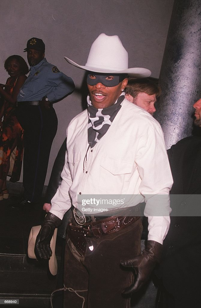 actor jamie foxx attends the nightmare on 5th street halloween costume party october 31 2000