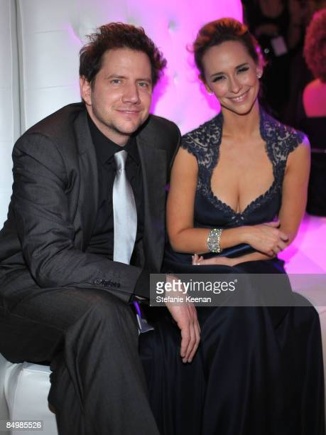 Actor Jamie Kennedy and actress Jennifer Love Hewitt attend the 17th Annual Elton John AIDS Foundation Oscar party held at the Pacific Design Center...