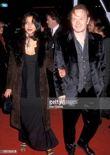 Actor Jared Harris and Samia Shoaib attend the 'Lost in Space' Hollywood Premiere on March 29 1998 at Pacific's Cinerama Dome in Hollywood California
