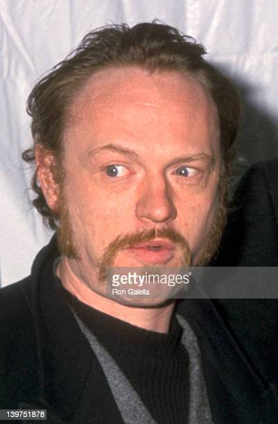 Actor Jared Harris attends the Hannibal New York City Premiere on February 5 2001 at Ziegfeld Theater in New York City New York